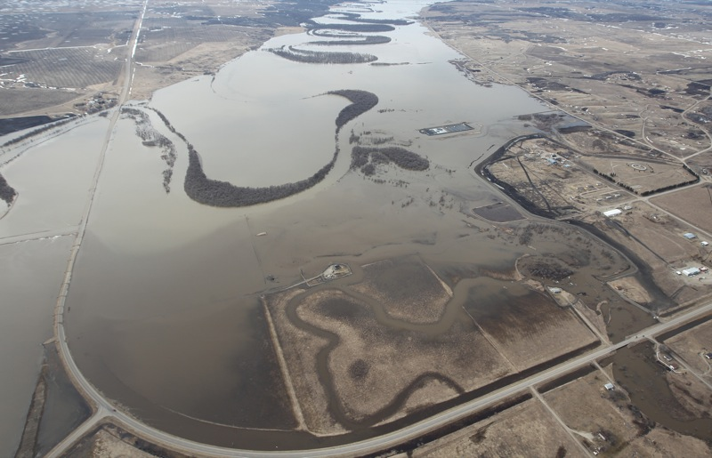 The Assiniboine River spreads out across the valley floor near Sioux Valley Dakota Nation, on Apr. 21, 2011.