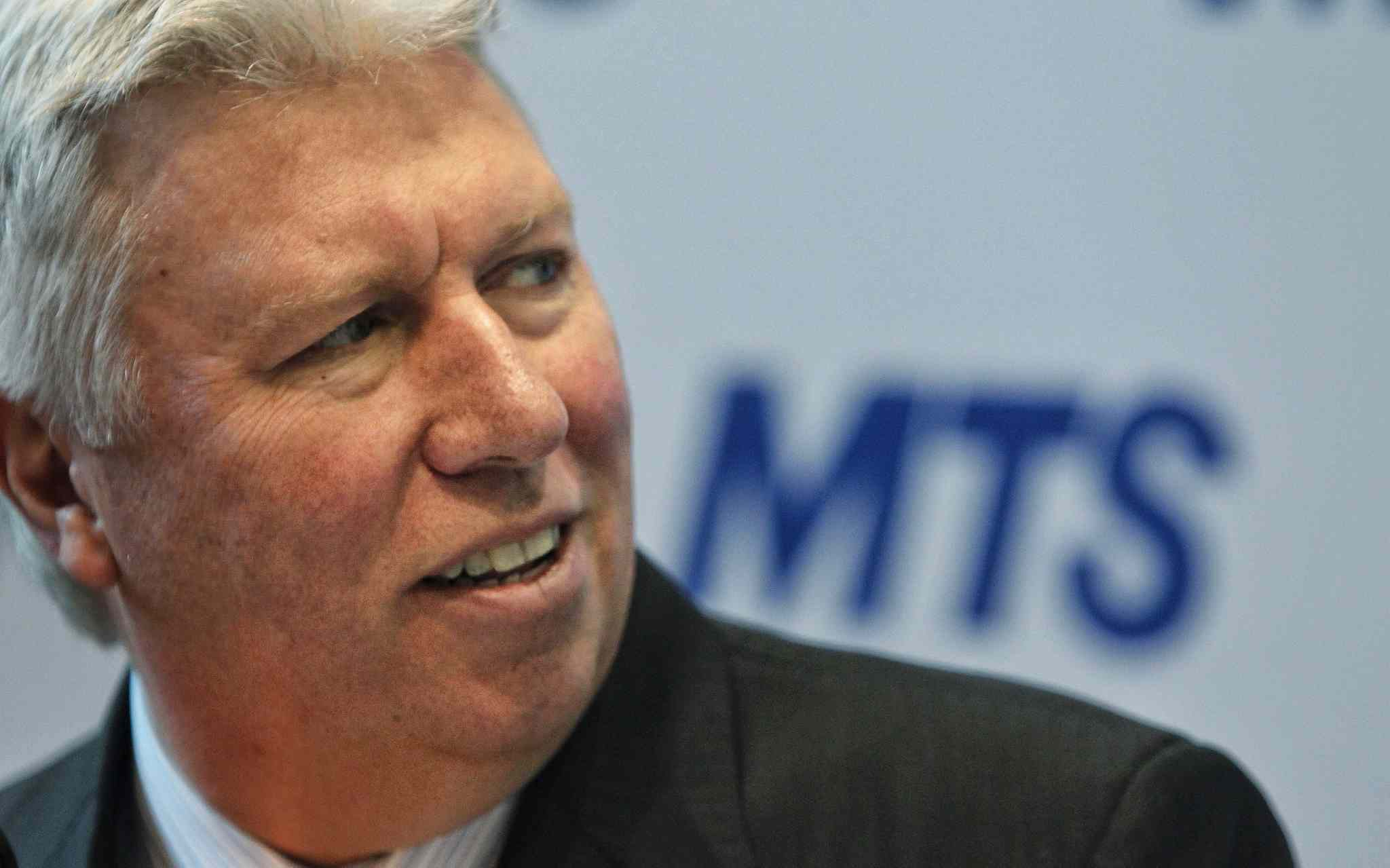 Pierre Blouin will remain as CEO of MTS Allstream until his replacement has been found.