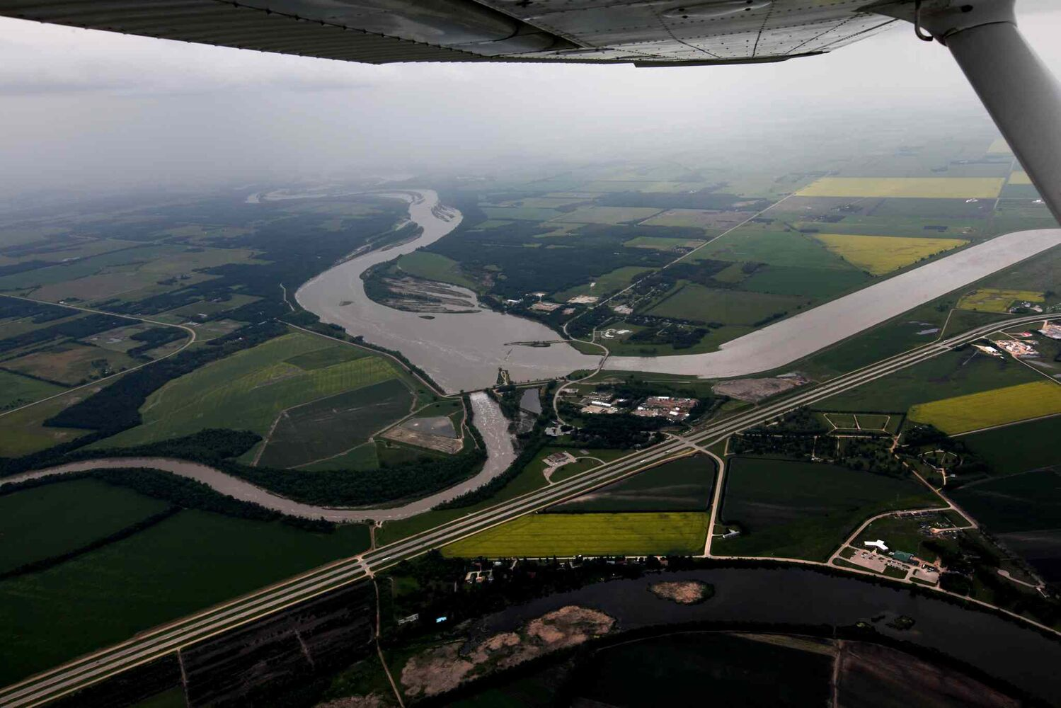 Aerial photo of Portage diversion dam just west of town where water is diverted north to Lake Manitoba. (RUTH BONNEVILLE / WINNIPEG FREE PRESS)