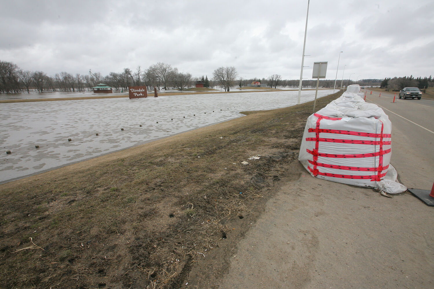 Water levels on the Assiniboine River has forced the river to spill its banks following an ice jam downstream near Spruce Woods Provincial Park over the weekend.  (Bruce Bumstead/Brandon Sun)