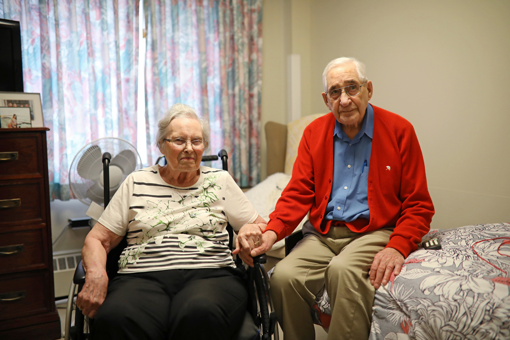 Dorothy and Al Smith pose for a photo in Dorothy's room at Fairview Personal Care Home on 13th St. in Brandon on Tuesday afternoon. (Tim Smith/The Brandon Sun)