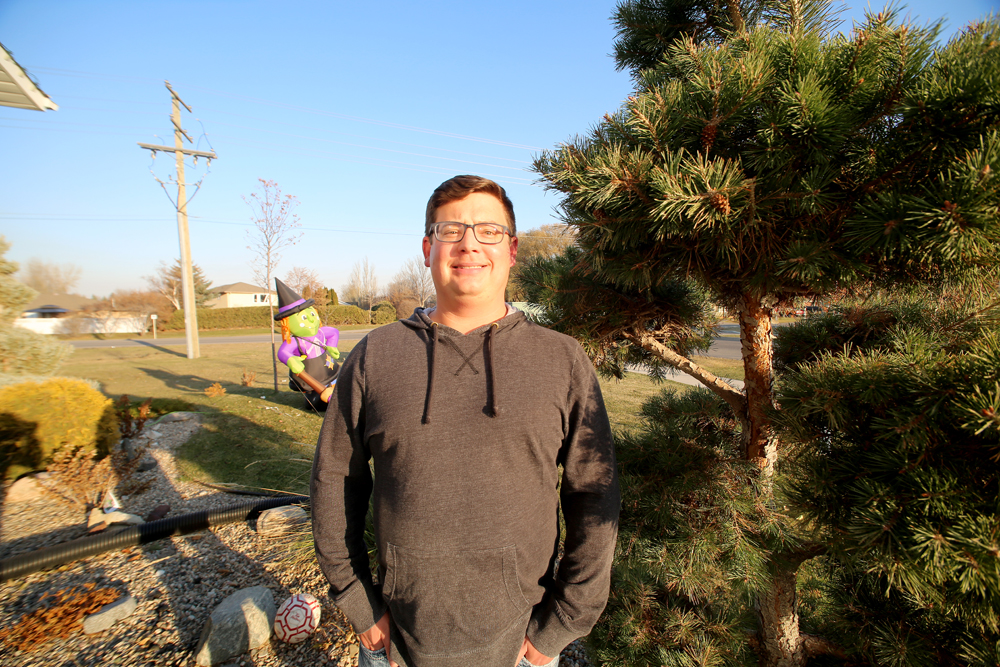 Local teacher Rob Langston, pictured in Brandon, has been awarded the The Royal Canadian Geographical Society�s 2018 Geographic Literacy Award. (Melissa Verge/The Brandon Sun)