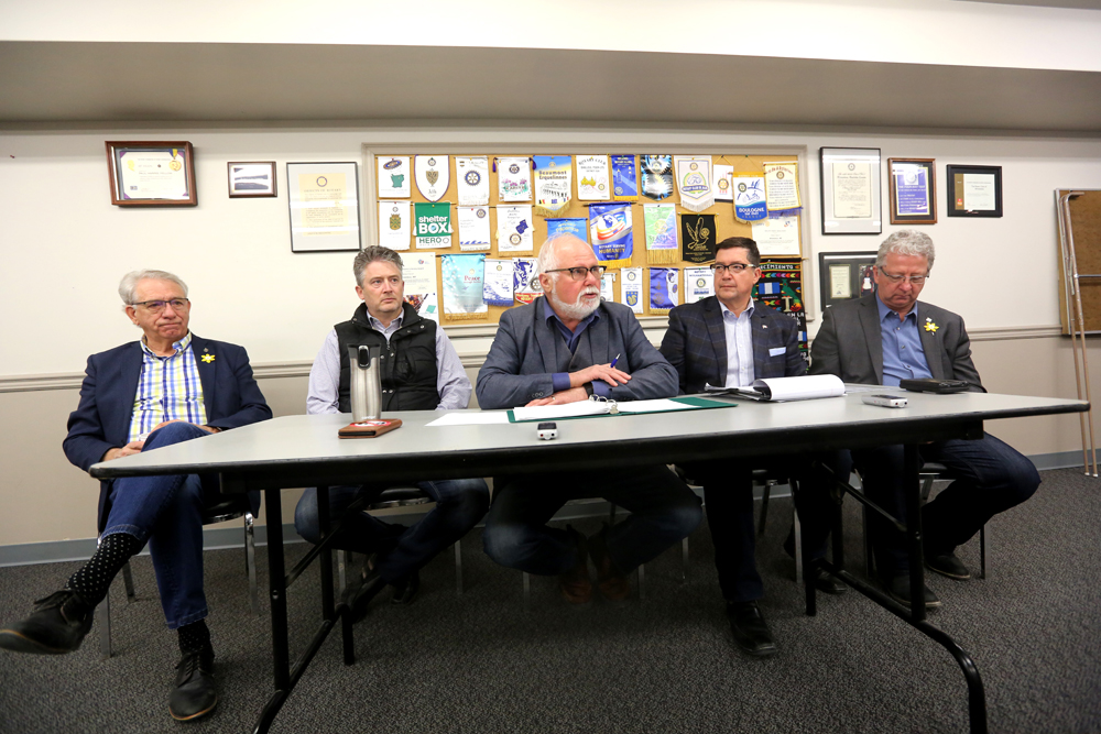 Dauphin-Swan River-Neepawa Conservative MP Robert Sopuck, centre, is flanked by (from left) Brandon-Souris MP Larry Maguire, Red Deer-Lacombe MP Blaine Calkins, Dan Mazier, Conservative candidate for Dauphin-Swan River-Neepawa in the 2019 federal election and Mel Arnold, MP for North Okanagan-Shuswap. (Bud Robertson/The Brandon Sun)
