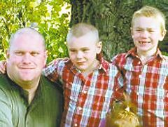 Facebook photo  Darren Spence and sons Logan and Gage.