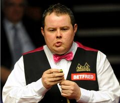 FILE - This is a April 22, 2010 file photo of British snooker player Stephen Lee. Banned snooker player Stephen Lee has pleaded guilty to fraud and been fined Monday June 9, 2014,after selling a fan a cue on Facebook and then failing to send it. Lee, once the fifth-ranked player in the world, was fined 1,815 pounds (US$3,050) by a Magistrates' Court in Swindon, England which includes 1,600 pounds ($2,685) in compensation to the fan, Marco Fai Pak Shek. (AP Photo/Andrew Matthews/PA, File) UNITED KINGDOM OUT NO SALES NO ARCHIVE