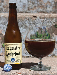 I gave this Trappistes Rochefort 10 a pint rating of five out of five. Only the second time I've rated a five so far!