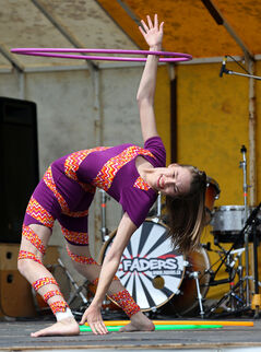 Hey, hula hoops are vintage — but Brandon hoop sensation Christina Munchinsky will be staging a revival with her show and workshop for the kids.