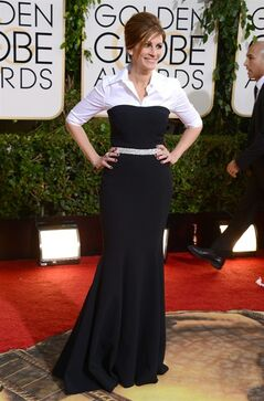 Julia Roberts arrives at the 71st annual Golden Globe Awards at the Beverly Hilton Hotel on Sunday, Jan. 12, 2014, in Beverly Hills, Calif. (Photo by Jordan Strauss/Invision/AP)