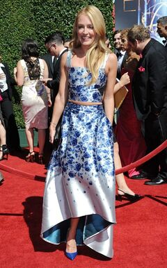 Cat Deeley arrives at the 2014 Creative Arts Emmys at Nokia Theatre L.A. LIVE on Saturday, Aug. 16, 2014, in Los Angeles. (Photo by Richard Shotwell/Invision/AP)