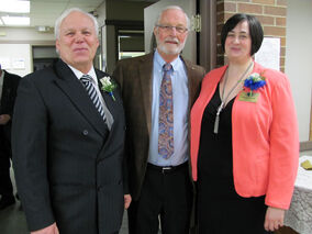 Brandon club president Frank Thomas (left) and Assiniboine club president Rhonda Smith pose with Rev. Norm Velenes, one of the guest speakers at the celebration marking the 100th anniversary of Kiwanis International.