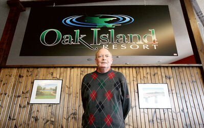 Brandon-born former PGA Tour player Dan Halldorson is in his first season serving as the director of golf at Oak Island Resort.