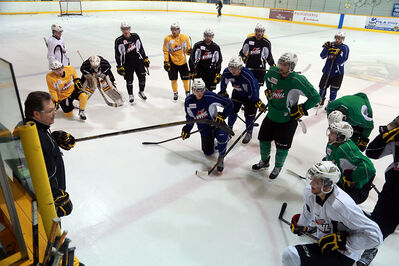 Wheat KIngs head coach Kelly McCrimmon explains a drill during practice at the Sportsplex on Monday afternoon.