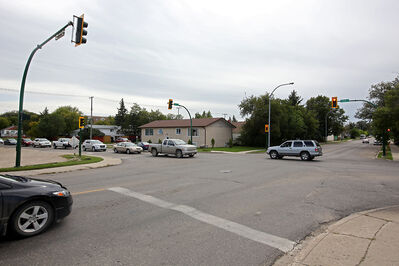 Traffic flows on Wednesday at 10th Street and Park Avenue, where motorists will soon have a designated left-turn lane, and a lane for those travelling straight or turning right.
