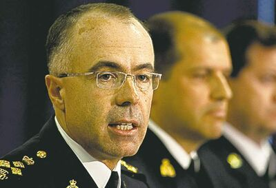 The Canada Border Services Agency�s Denis Vinette says workers who walked off the job will not face discipline.