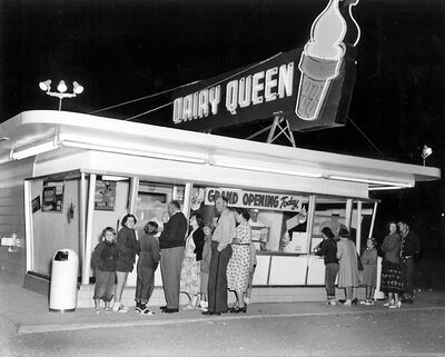The grand opening of the Dairy Queen in July 1954.