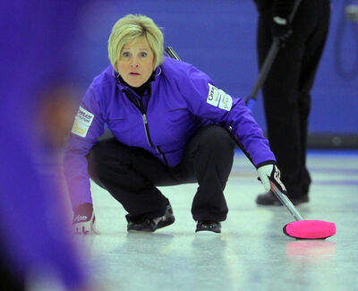 Lois Fowler and Kelly Robertson's teams have made it past the round robin at nationals.