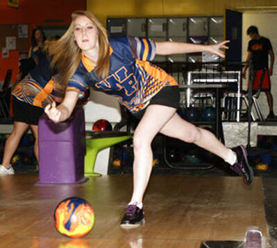 Souris' Stephanie Adams rolled a 300 game on Sunday.