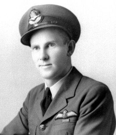 Archie Londry served as a flight instructor during the Second World War. (Commonwealth Air Training Plan Museum)