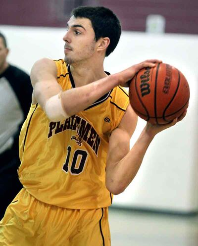 Taylor Maloney is juggling basketball and hockey after completing his football season for the Crocus Plainsmen.