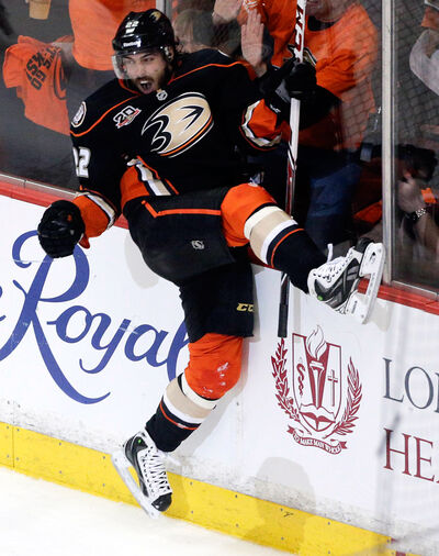 Centre Mathieu Perreault has signed a three-year, $9-million deal with the Winnipeg Jets.