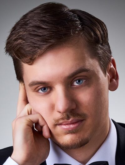 Daniel Tselyakov will perform the Mozart Piano Concerto No. 21 at the Clear Lake Chamber Music Festival.
