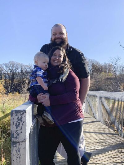 Kris Isford, his wife Alyssa and son Jameson, all contracted COVID-19 after Isford was exposed to the virus in his job. (Submitted)</p></p></p>