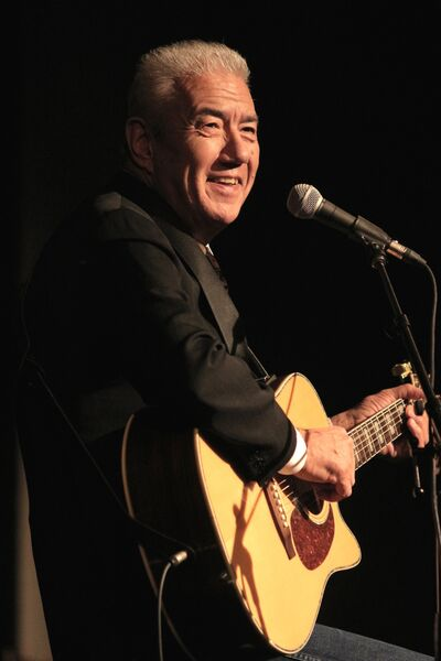 Tom Jackson will perform at the Western Manitoba Centennial Auditorium on Dec. 10 as part of his Christmas 150 tour.