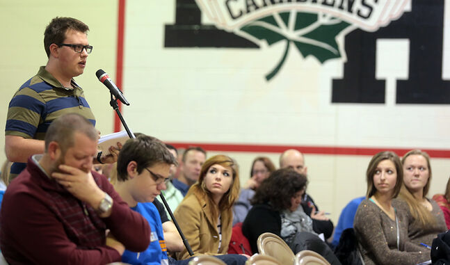 Neelin student Michael Brooks addresses a proposed cap on high school credits during a Brandon School Division public forum at École Harrison on Wednesday.