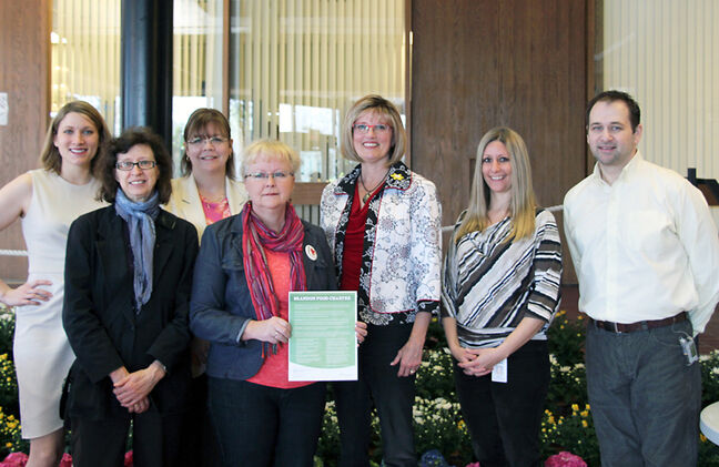 Pictured are (L-R): Katy Singleton, Betty Peloquin, Kim Longstreet, Brandon Poverty Committee members; Coun. Jan Chaboyer, Brandon Poverty Committee chair; Mayor Shari Decter Hirst; Vanessa Hamilton, former Brandon Poverty Committee member and Coun. Corey Roberts, Brandon Poverty Committee member.