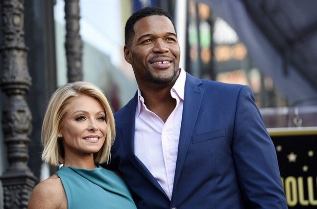 Kelly Ripa says Mark Consuelos was 'supportive spouse' during Strahan debacle
