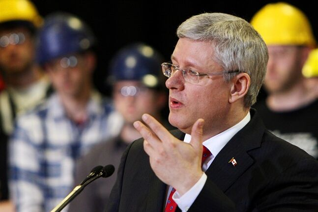 Prime Minister Stephen Harper makes a youth job funding announcing at Fanshawe College in London, Ont., Friday, May 2, 2014. THE CANADIAN PRESS/Dave Chidley