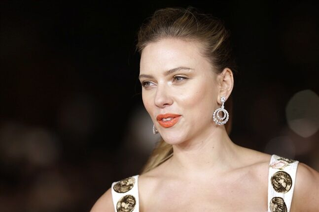 In this Nov. 10, 2013 photo, actress Scarlett Johansson arrives for a screening in Rome. THE CANADIAN PRESS/AP, Alessandra Tarantino