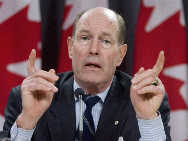 David Dodge responds to reporters questions concerning the Monetary Policy Report, at a news conference in Ottawa, Thursday Jan 24, 2008. THE CANADIAN PRESS/Tom Hanson