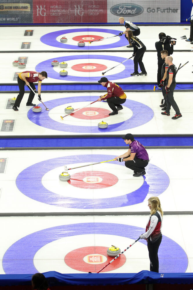 The afternoon draw of the Home Hardware Canada Cup of Curling takes place on Wednesday. (Tim Smith/Brandon Sun)