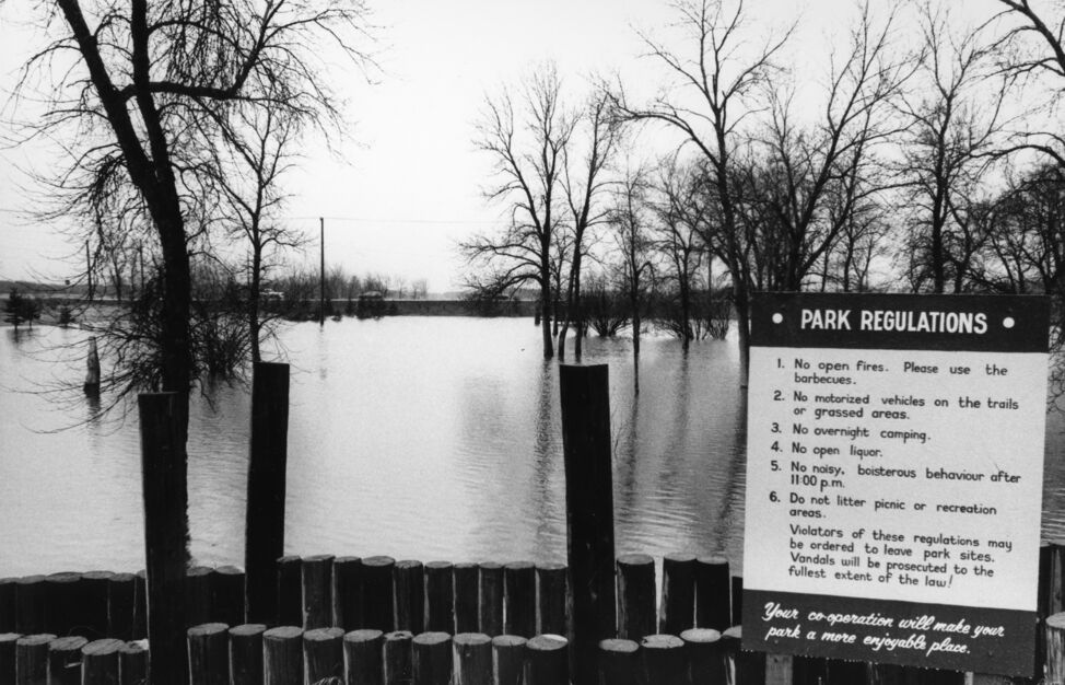 Eleanor Kidd Park, looking towards 18th Street, during April 1995.