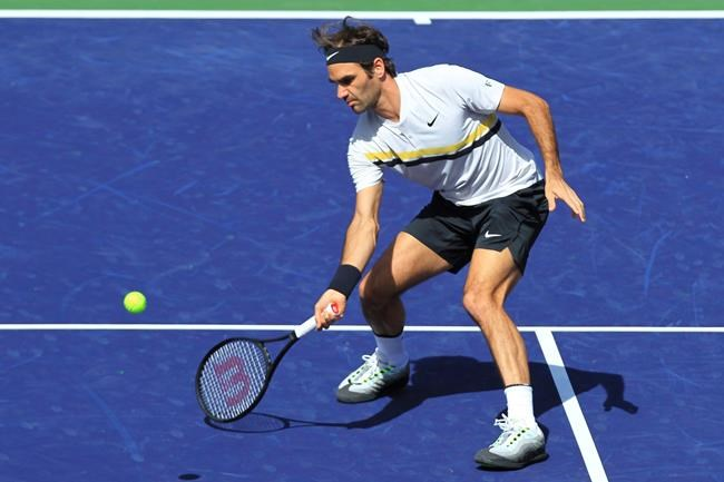 Federer moves on, Stephens loses at Indian Wells