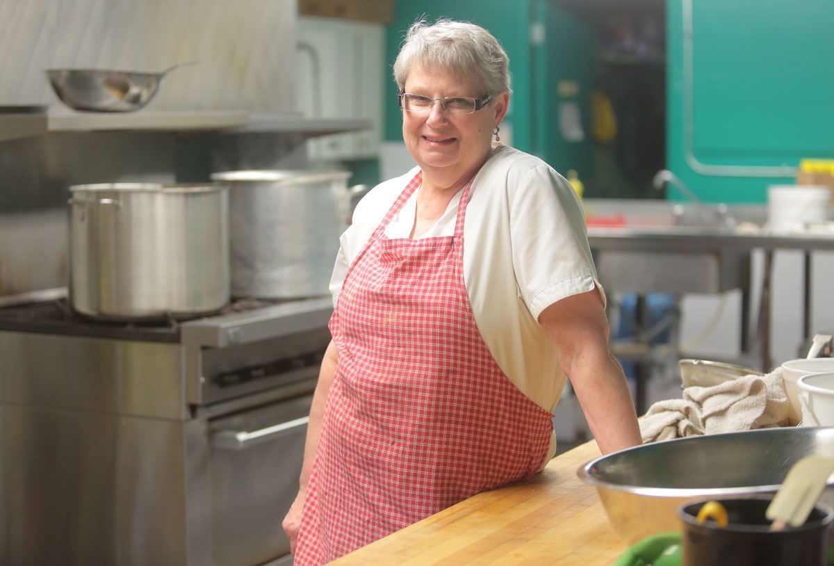 For Sharon Craig, almost every day is like Christmas. While many folks prepare a big annual feast for dozens of family members, Craig has been cooking a diverse and nutritious lunch for about 150 hungry diners Monday through Friday for the past eight years. It's a job she loves, and the gift she receives on a daily basis is the company of the people who walk through the door of the Helping Hands Soup Kitchen.