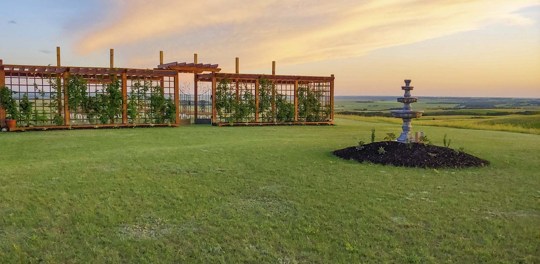 Valley Gate wedding and event venue is located 30 minutes northwest of Brandon between Alexander and Rivers. The site offers stunning views of the Assiniboine River Valley. (Submitted)</p></p>