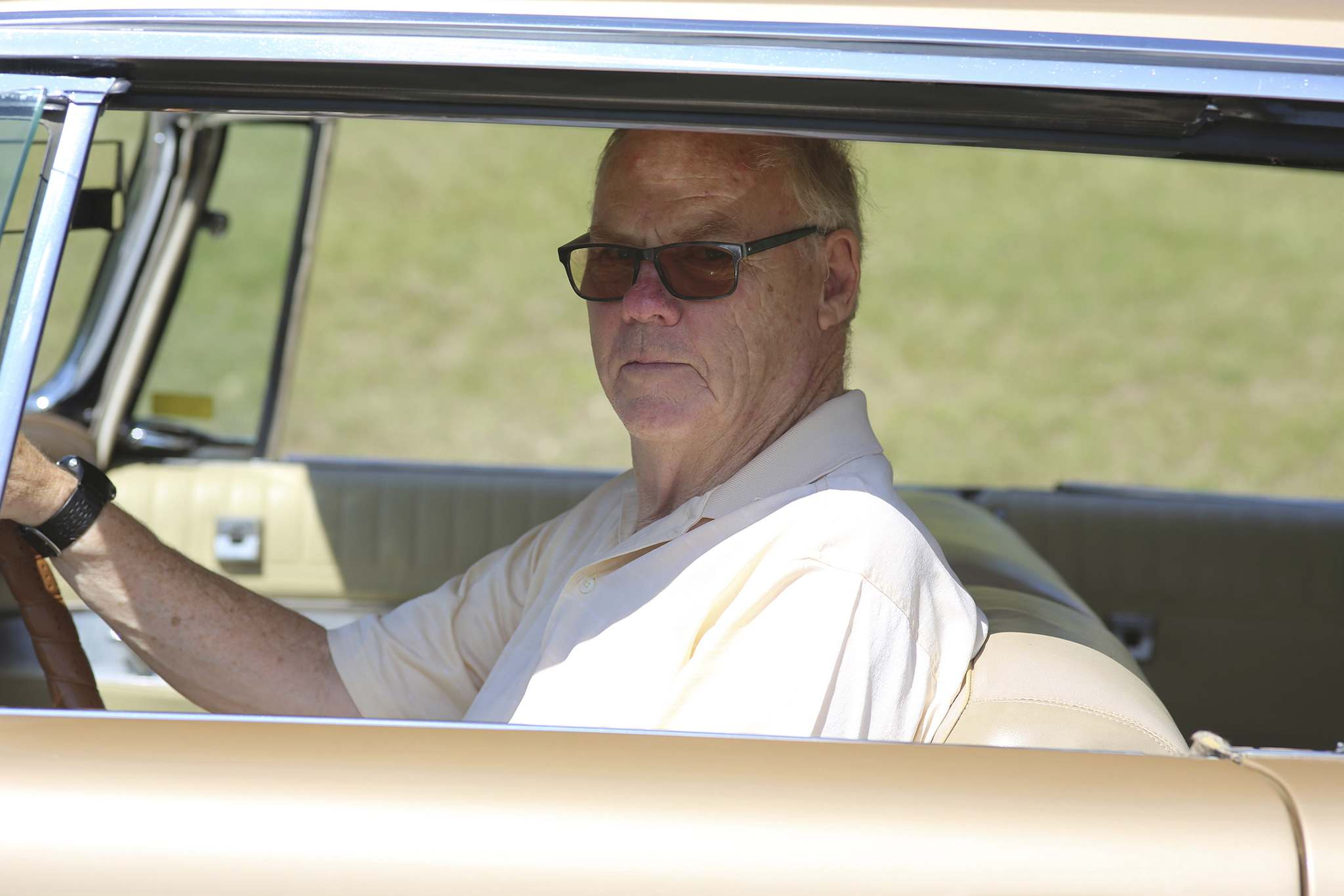 Atkinson gets behind the wheel of his 1963 Chrysler Imperial this past Monday in the RM of Cornwallis. The former Brandon mayor inherited this vehicle from his father in the mid-1990s. (Kyle Darbyson/The Brandon Sun)
