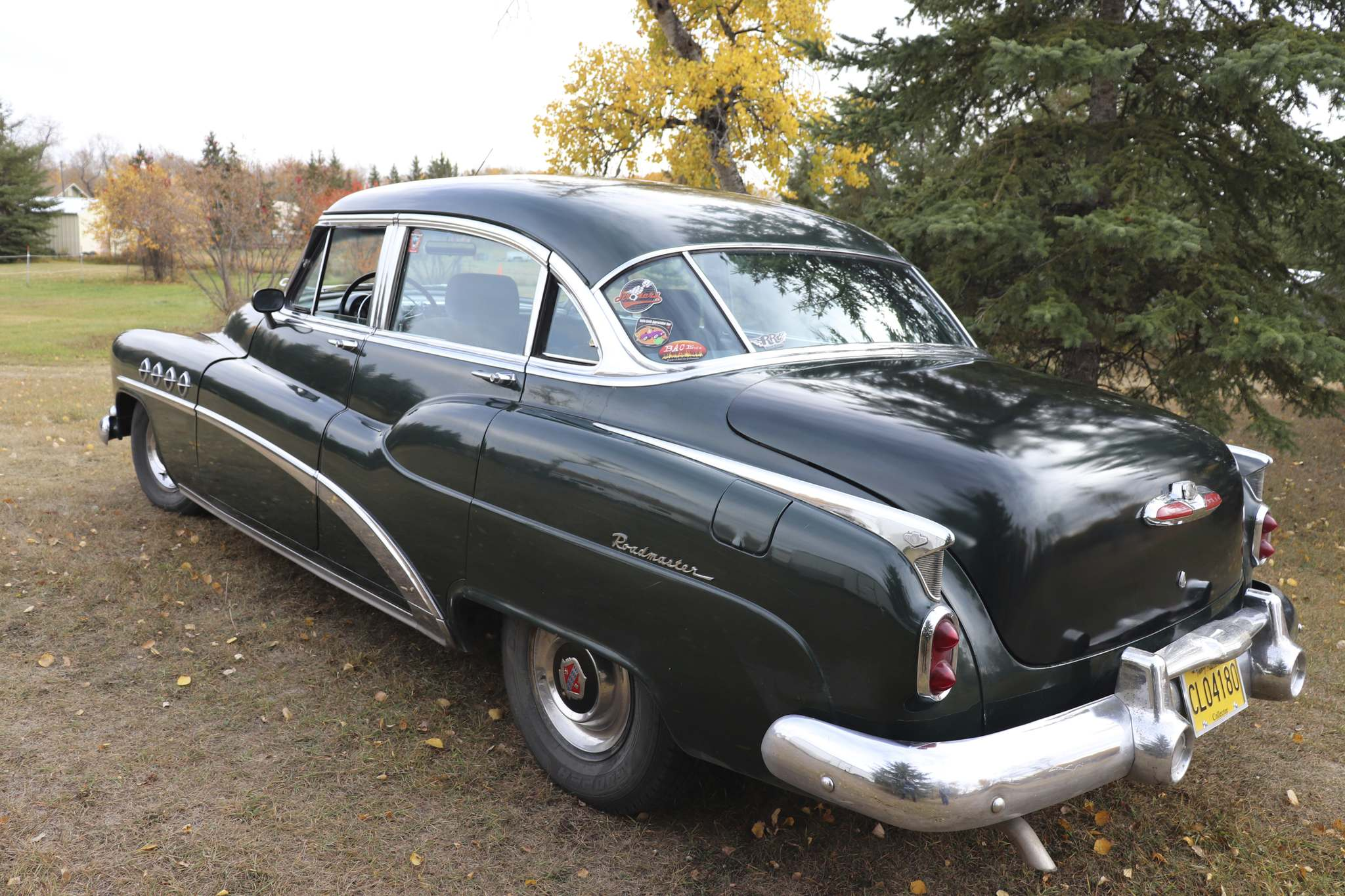 A side view of Jim Stewart's 1952 Buick Roadmaster. (Kyle Darbyson/The Brandon Sun)</p></p>